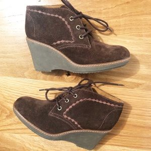 Naturalizer Women's Kaitlyn Wedge Booties. Size 6M